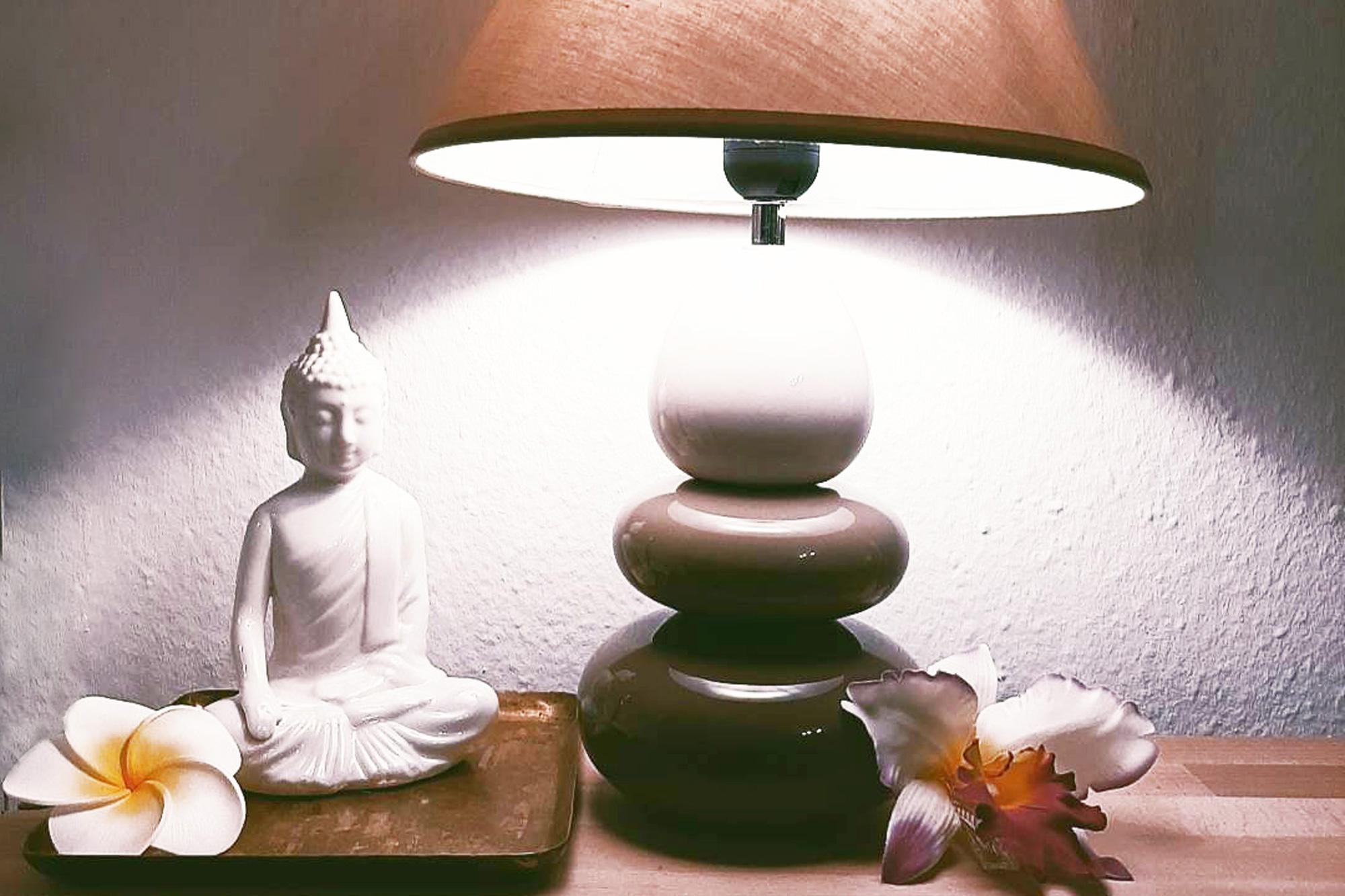 korawan-thaimassage-konstanz-impressionen-lampe